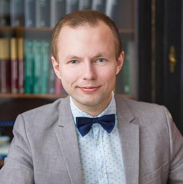 Adrian Zwoliński